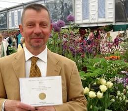 Avon Bulbs Chelsea Gold Medal